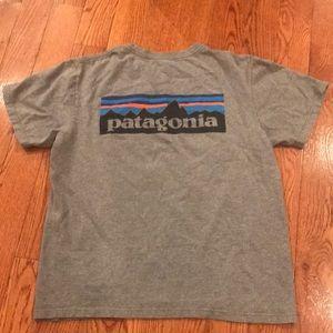 Patagonia grey tee men's medium